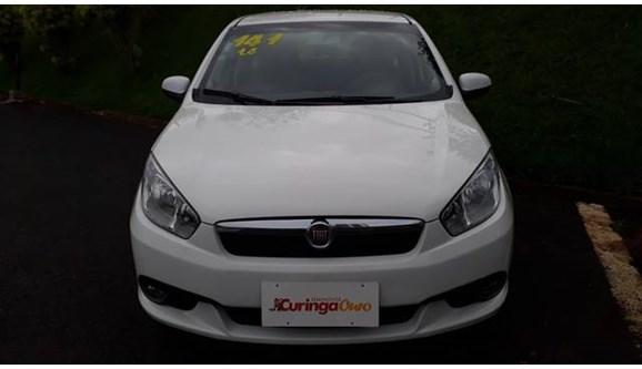 //www.autoline.com.br/carro/fiat/grand-siena-14-evo-attractive-8v-flex-4p-manual/2014/uberlandia-mg/10653830