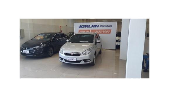 //www.autoline.com.br/carro/fiat/grand-siena-14-attractive-8v-85cv-4p-flex-manual/2014/belo-horizonte-mg/10779221