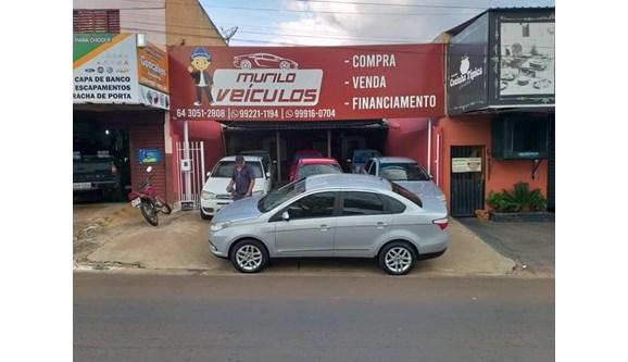 //www.autoline.com.br/carro/fiat/grand-siena-16-essence-16v-flex-4p-manual/2013/rio-verde-go/11082095