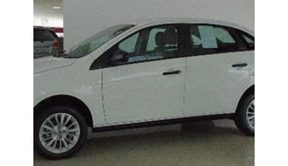 //www.autoline.com.br/carro/fiat/grand-siena-14-attractive-8v-flex-4p-manual/2020/sao-paulo-sp/11174684