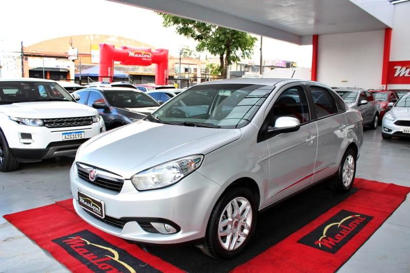 //www.autoline.com.br/carro/fiat/grand-siena-16-essence-16v-flex-4p-dualogic/2015/curitiba-pr/12589855