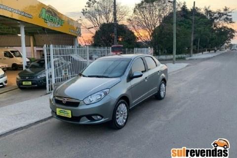 //www.autoline.com.br/carro/fiat/grand-siena-16-essence-16v-flex-4p-manual/2015/santa-maria-rs/12672587