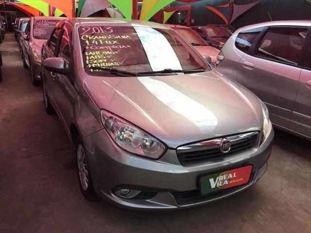 //www.autoline.com.br/carro/fiat/grand-siena-14-evo-attractive-8v-flex-4p-manual/2013/campinas-sp/12699236