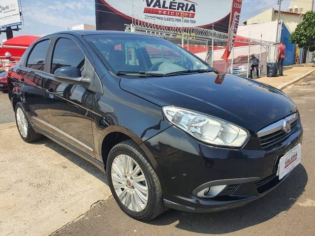 //www.autoline.com.br/carro/fiat/grand-siena-16-essence-16v-flex-4p-manual/2015/rio-verde-go/12706780