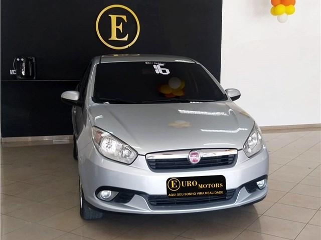 //www.autoline.com.br/carro/fiat/grand-siena-14-attractive-8v-flex-4p-manual/2016/rio-de-janeiro-rj/12939359
