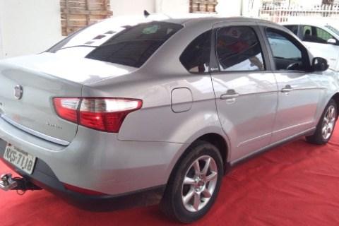 //www.autoline.com.br/carro/fiat/grand-siena-14-evo-attractive-8v-flex-4p-manual/2015/rio-branco-ac/13034146