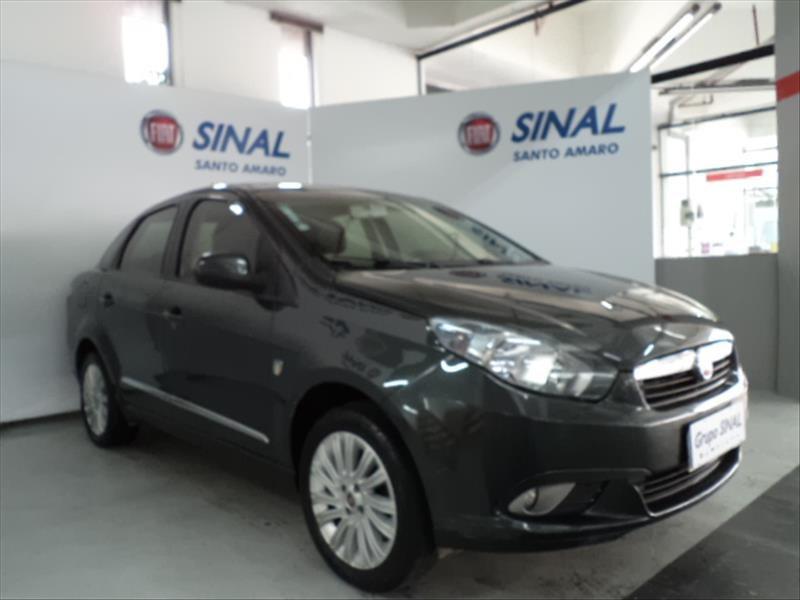 //www.autoline.com.br/carro/fiat/grand-siena-16-essence-16v-flex-4p-manual/2015/sao-paulo-sp/13140953