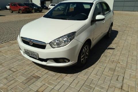 //www.autoline.com.br/carro/fiat/grand-siena-14-evo-attractive-8v-flex-4p-manual/2015/tangara-da-serra-mt/13355872
