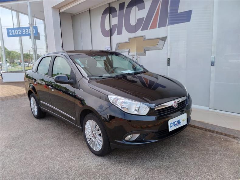 //www.autoline.com.br/carro/fiat/grand-siena-16-essence-16v-flex-4p-manual/2014/ribeirao-preto-sp/13582361