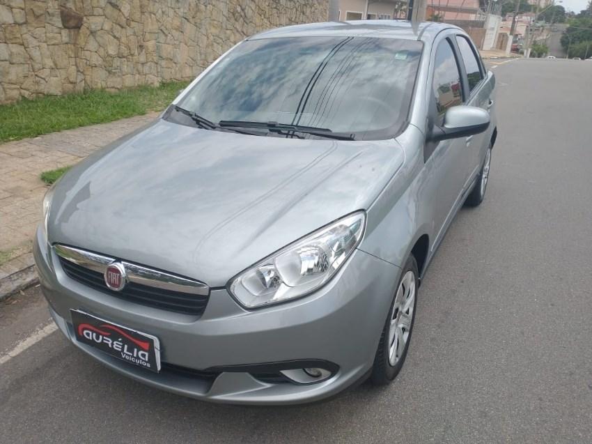 //www.autoline.com.br/carro/fiat/grand-siena-14-evo-attractive-8v-flex-4p-manual/2015/campinas-sp/13626776