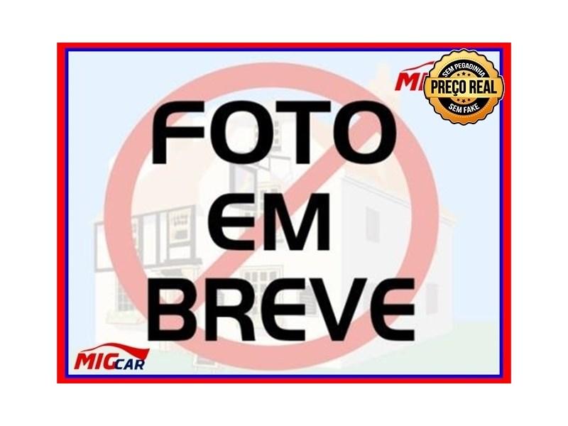 //www.autoline.com.br/carro/fiat/grand-siena-14-evo-attractive-8v-flex-4p-manual/2013/rio-de-janeiro-rj/15864380