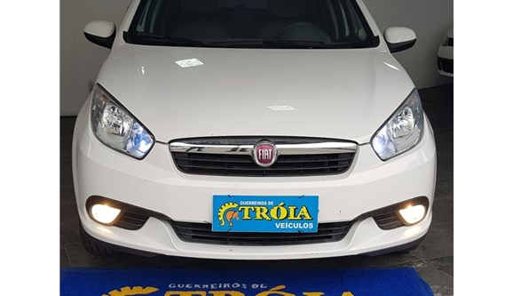 //www.autoline.com.br/carro/fiat/grand-siena-16-essence-16v-flex-4p-dualogic/2015/rio-de-janeiro-rj/7016138