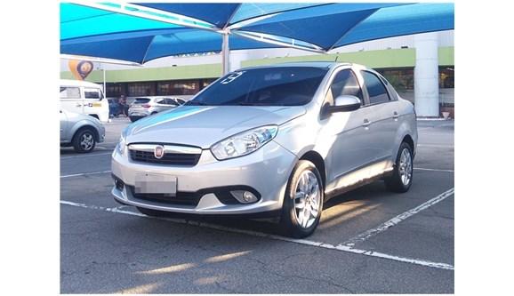 //www.autoline.com.br/carro/fiat/grand-siena-16-essence-dualogic-16v-115cv-4p-flex/2013/rio-de-janeiro-rj/7036375