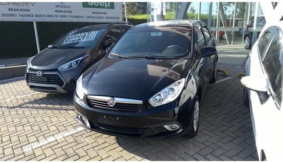 //www.autoline.com.br/carro/fiat/grand-siena-14-evo-attractive-8v-flex-4p-manual/2015/poa-sp/7040468