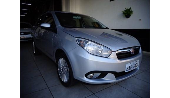 //www.autoline.com.br/carro/fiat/grand-siena-16-essence-16v-flex-4p-manual/2013/londrina-pr/7379963