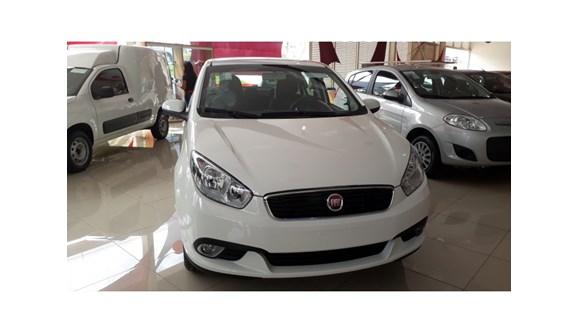 //www.autoline.com.br/carro/fiat/grand-siena-10-attractive-8v-flex-4p-manual/2019/brasilia-df/7589760