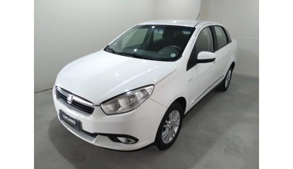 //www.autoline.com.br/carro/fiat/grand-siena-16-essence-dualogic-16v-115cv-4p-flex/2013/ponta-grossa-pr/8071257