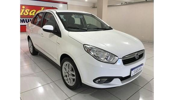 //www.autoline.com.br/carro/fiat/grand-siena-16-essence-dualogic-16v-115cv-4p-flex/2013/cascavel-pr/8244976