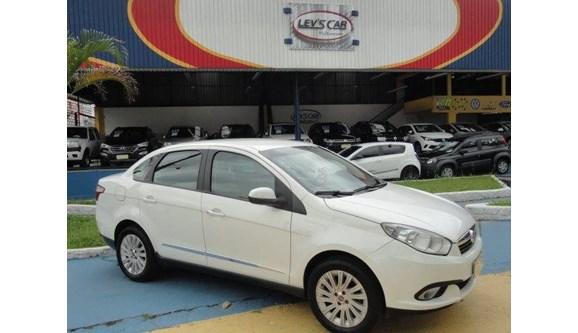 //www.autoline.com.br/carro/fiat/grand-siena-16-essence-16v-flex-4p-manual/2014/sao-paulo-sp/8305407