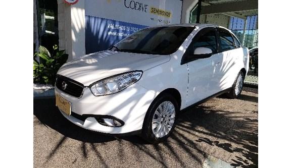 //www.autoline.com.br/carro/fiat/grand-siena-16-essence-16v-flex-4p-manual/2018/valinhos-sp/8423394