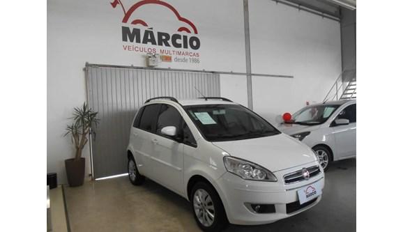 //www.autoline.com.br/carro/fiat/idea-14-attractive-8v-flex-4p-manual/2014/blumenau-sc/6272271