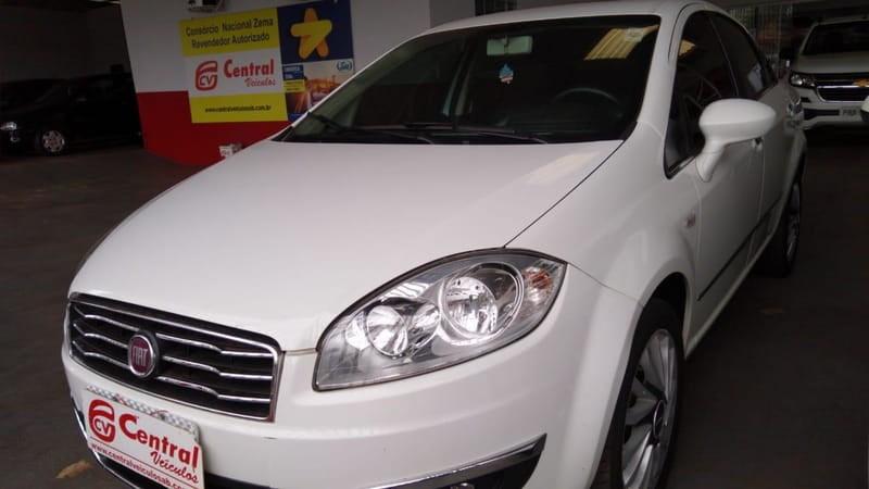 //www.autoline.com.br/carro/fiat/linea-18-absolute-16v-flex-4p-dualogic/2016/agua-boa-mt/11181089