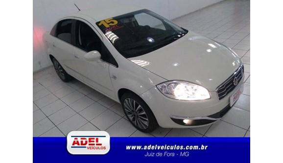 //www.autoline.com.br/carro/fiat/linea-18-absolute-16v-sedan-flex-4p-dualogic/2015/juiz-de-fora-mg/5966785