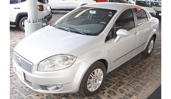//www.autoline.com.br/carro/fiat/linea-18-essence-16v-sedan-flex-4p-dualogic/2013/teresina-pi/6954037