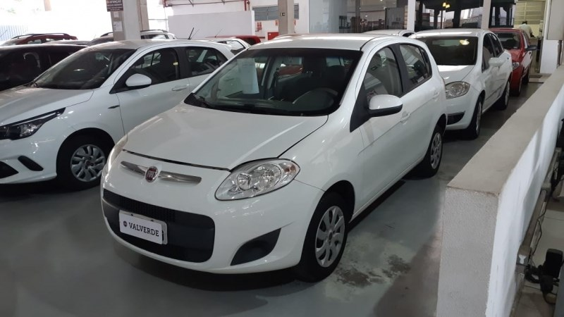 //www.autoline.com.br/carro/fiat/palio-10-evo-attractive-8v-flex-4p-manual/2015/campinas-sp/12284537