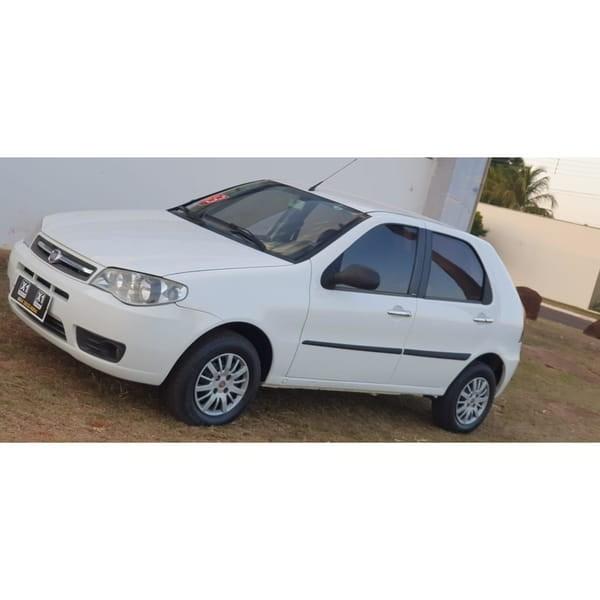 //www.autoline.com.br/carro/fiat/palio-10-fire-economy-8v-flex-4p-manual/2013/jatai-go/12692078