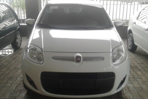 //www.autoline.com.br/carro/fiat/palio-10-evo-attractive-8v-flex-4p-manual/2014/teixeira-de-freitas-ba/12822868
