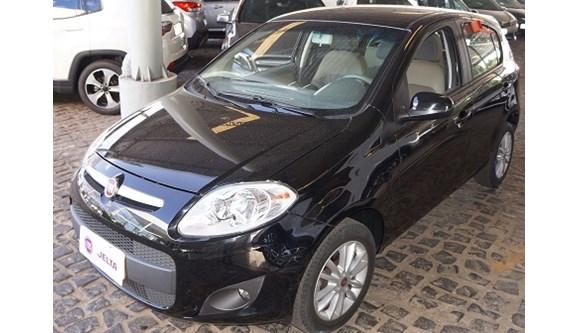 //www.autoline.com.br/carro/fiat/palio-16-essence-16v-flex-4p-dualogic/2015/teresina-pi/6955388