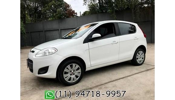 //www.autoline.com.br/carro/fiat/palio-16-essence-16v-flex-4p-manual/2015/sao-paulo-sp/7591342