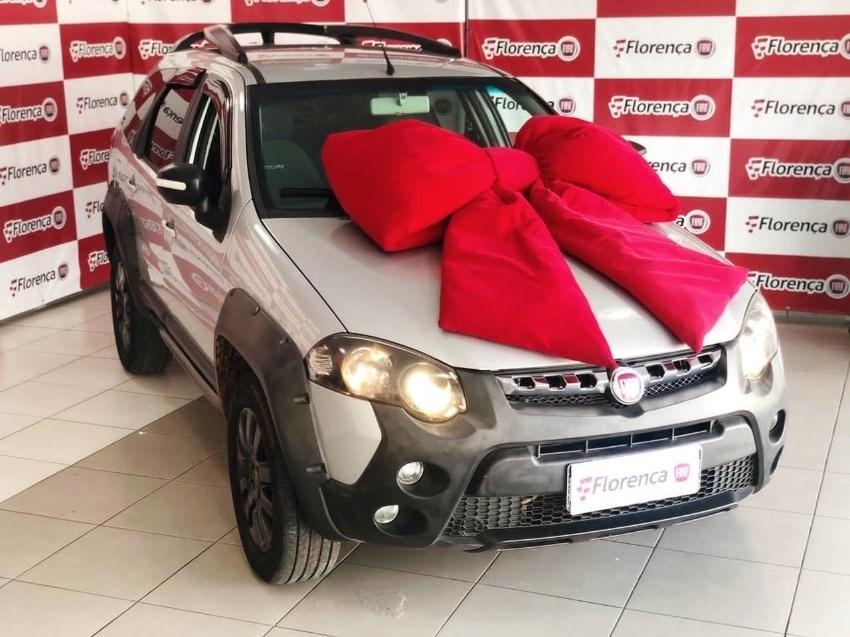 //www.autoline.com.br/carro/fiat/palio-weekend-18-adventure-16v-flex-4p-manual/2017/curitiba-pr/13450272