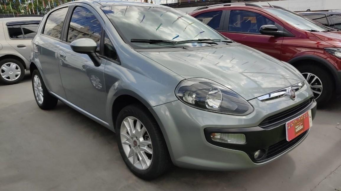 //www.autoline.com.br/carro/fiat/punto-14-evo-attractive-8v-flex-4p-manual/2014/curitiba-pr/13630824