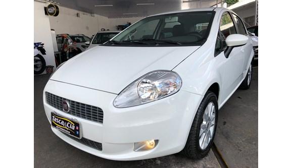 //www.autoline.com.br/carro/fiat/punto-16-essence-16v-115cv-4p-flex-manual/2012/joacaba-sc/6583428