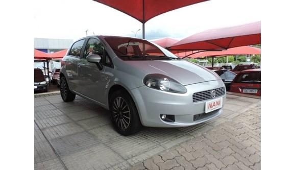 //www.autoline.com.br/carro/fiat/punto-14-attractive-italia-8v-85cv-4p-flex-manual/2012/ivoti-rs/6946957