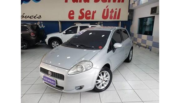 //www.autoline.com.br/carro/fiat/punto-16-essence-16v-115cv-4p-flex-manual/2012/sao-paulo-sp/8145154