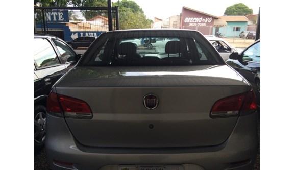//www.autoline.com.br/carro/fiat/siena-14-elx-8v-flex-4p-manual/2010/aracatuba-sp/6400929