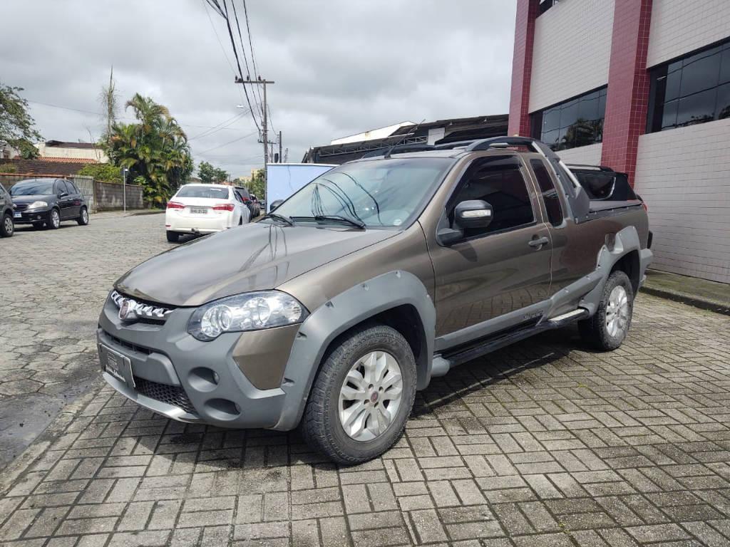 //www.autoline.com.br/carro/fiat/strada-18-adventure-locker-16v-130cv-2p-flex-manual/2013/joinville-sc/13653381