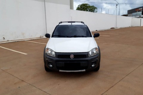 //www.autoline.com.br/carro/fiat/strada-14-cd-hard-working-8v-flex-2p-manual/2018/tangara-da-serra-mt/14037952