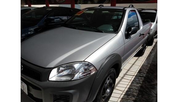 //www.autoline.com.br/carro/fiat/strada-14-hard-working-cs-8v-flex-2p-manual/2018/cascavel-pr/8053207