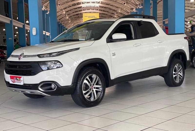 //www.autoline.com.br/carro/fiat/toro-20-freedom-16v-diesel-4p-4x4-turbo-automatico/2019/curitiba-pr/12404983