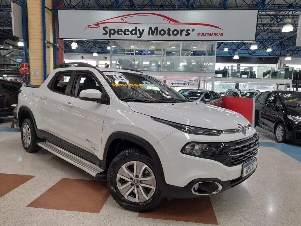 //www.autoline.com.br/carro/fiat/toro-18-freedom-16v-flex-4p-automatico/2018/santo-andre-sp/12696461