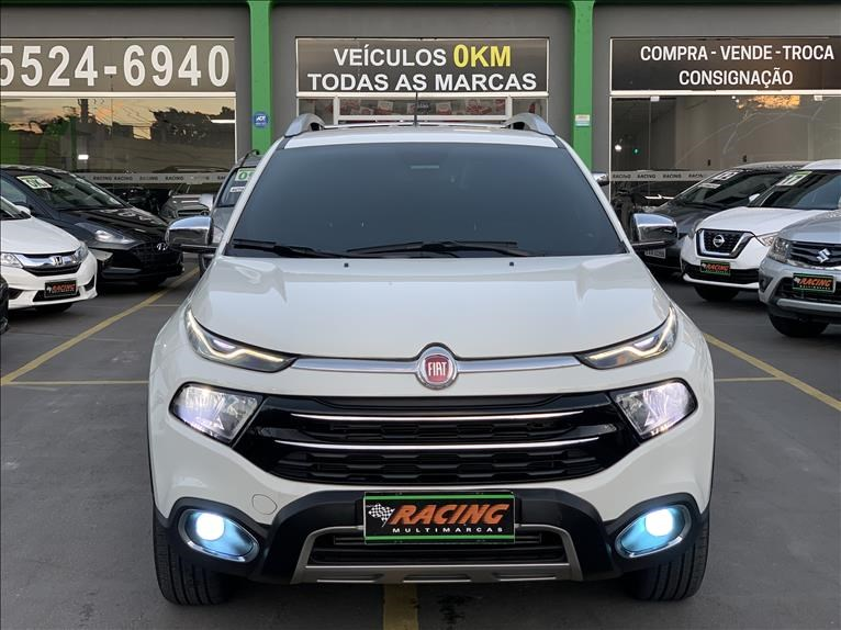 //www.autoline.com.br/carro/fiat/toro-20-ranch-16v-diesel-4p-4x4-turbo-automatico/2020/sao-paulo-sp/12700004