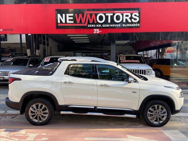 //www.autoline.com.br/carro/fiat/toro-20-ranch-16v-diesel-4p-4x4-turbo-automatico/2021/sao-paulo-sp/13064059