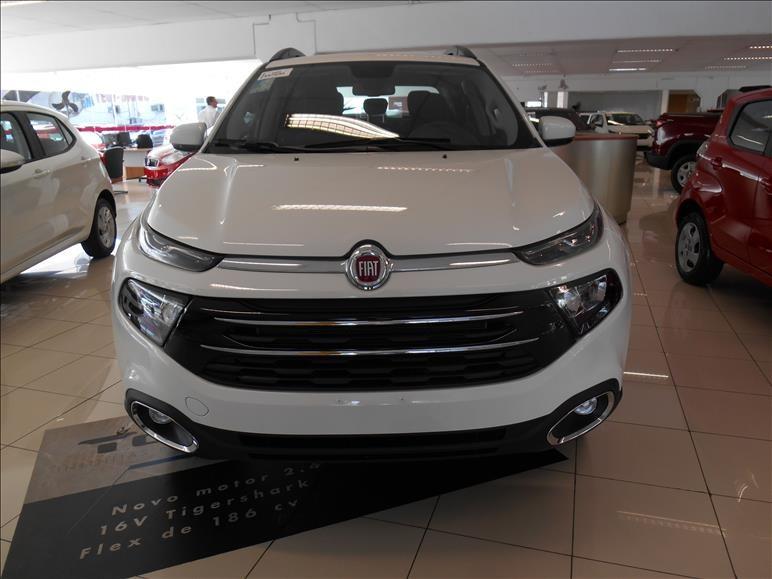 //www.autoline.com.br/carro/fiat/toro-18-freedom-16v-flex-4p-automatico/2021/sao-paulo-sp/13663353