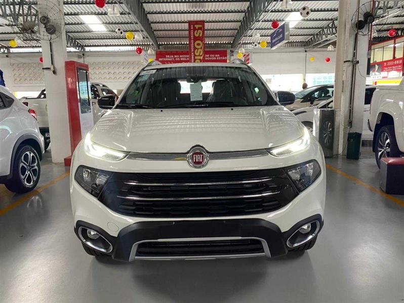 //www.autoline.com.br/carro/fiat/toro-20-volcano-16v-diesel-4p-4x4-turbo-automatico/2021/salvador-ba/13967840