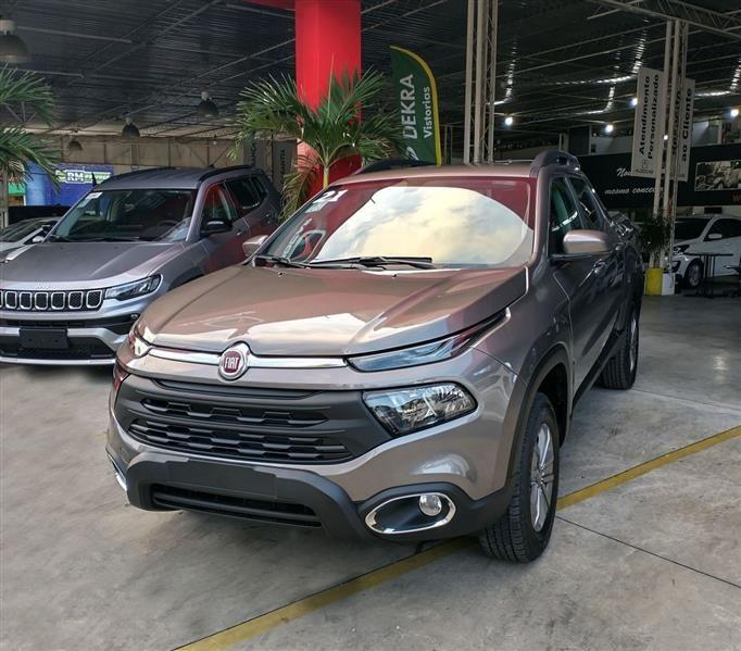 //www.autoline.com.br/carro/fiat/toro-18-freedom-16v-flex-4p-automatico/2021/recife-pe/14586068