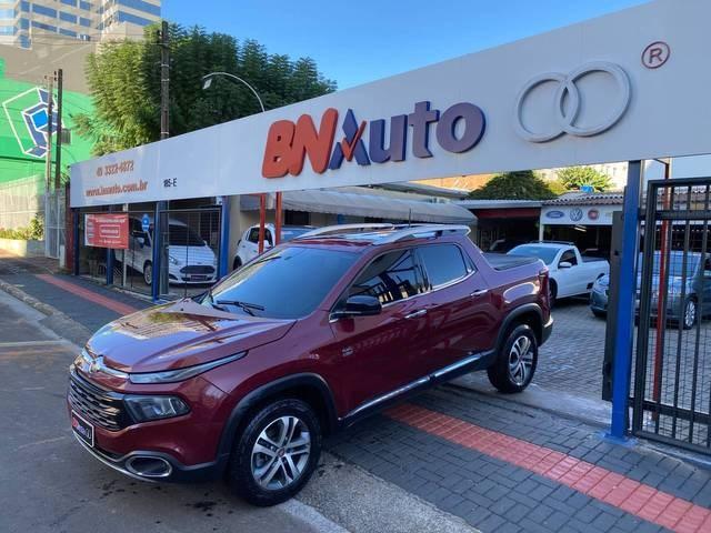 //www.autoline.com.br/carro/fiat/toro-20-freedom-16v-diesel-4p-4x4-turbo-automatico/2018/chapeco-sc/14690212